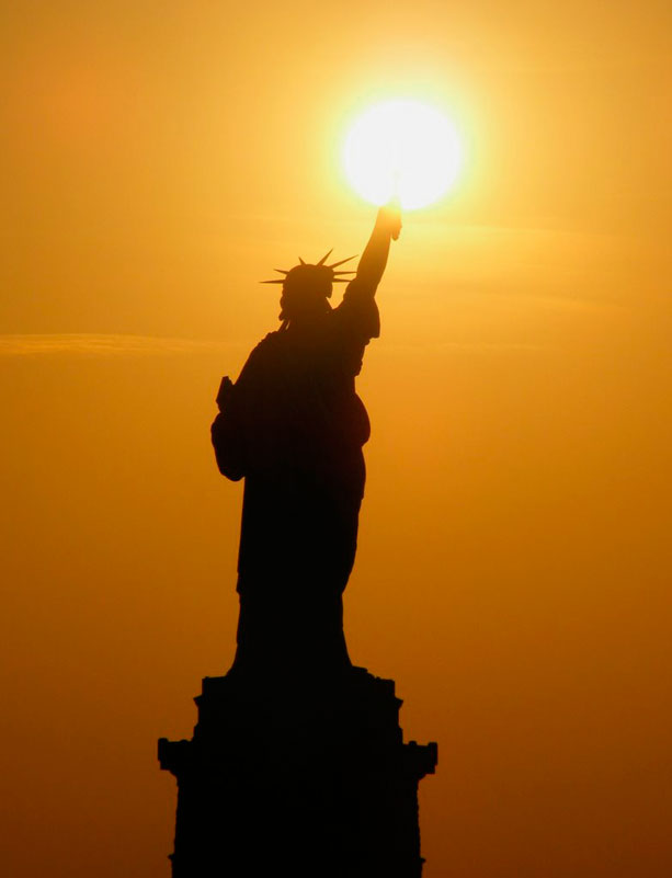 Statue-of-liberty-and-sunrise2x